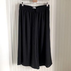 Babaton Aritzia Cropped Black Pant